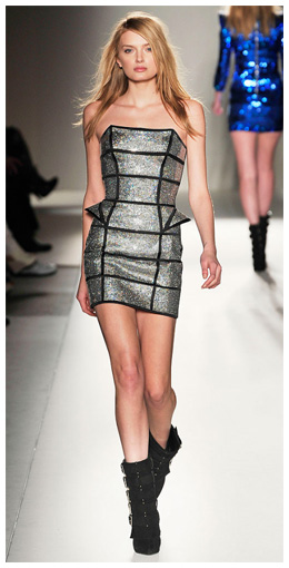 balmain-fall-2009-futuristic-silver-metallic-strapless-dress